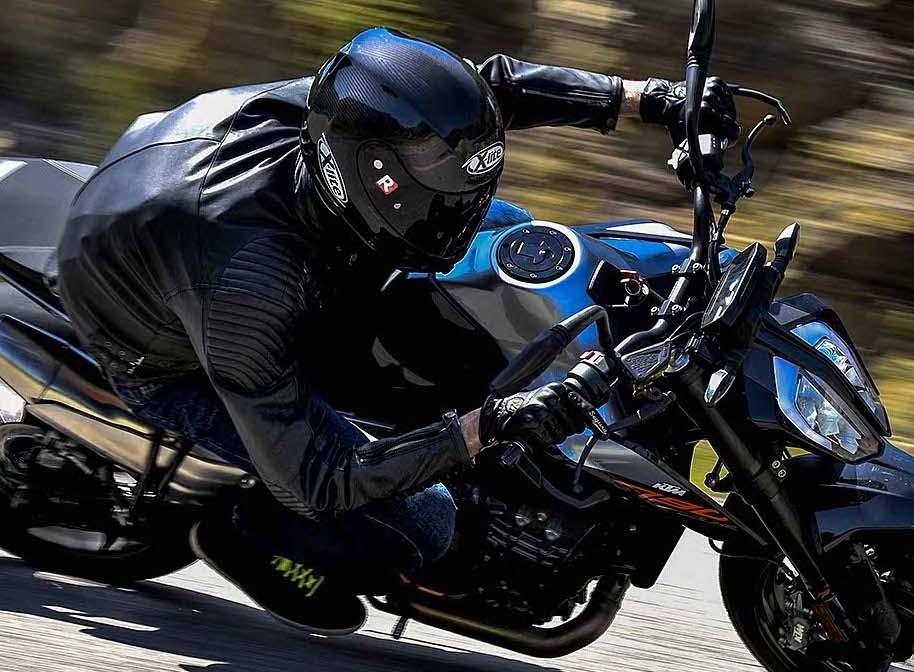 Come scegliere la giacca da moto