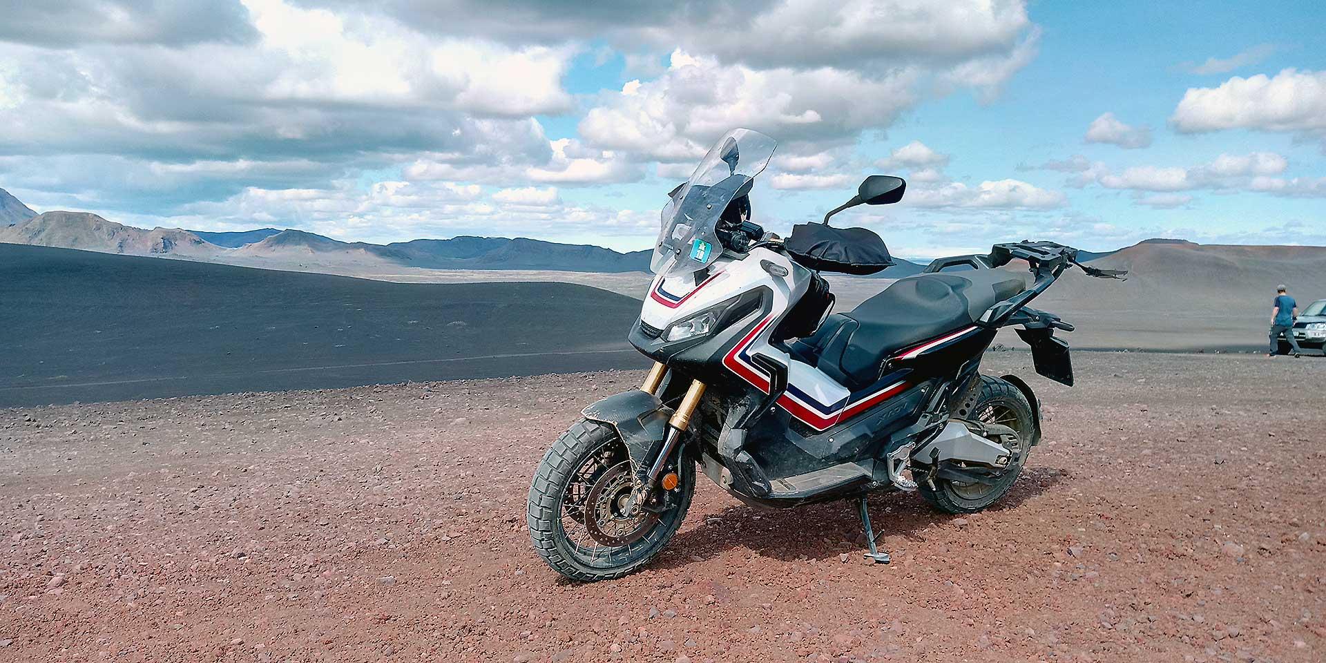Honda X-Adv Viaggio Islanda Moto