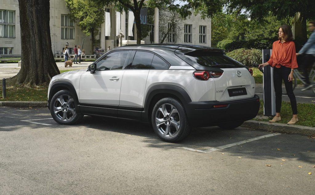 Mazda MX-30, debuttano tre nuovi allestimenti