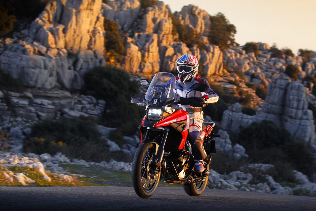 Suzuki V-Strom Tour, si torna in sella