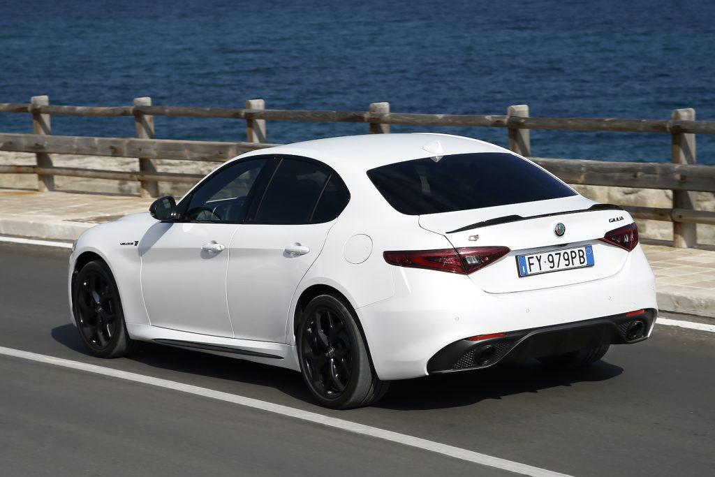 Alfa Romeo Giulia, test della berlina media più comoda che c'è