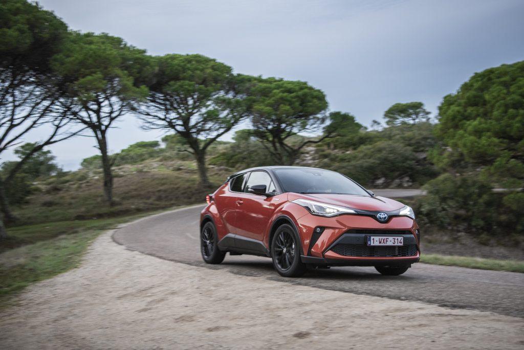 Toyota C-HR 2.0, quanto consuma su strada